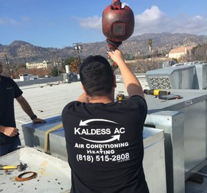 Kaldess AC worker